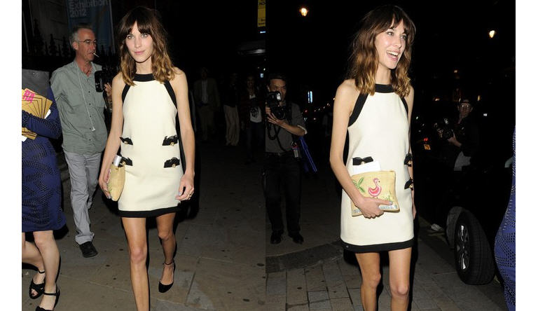 alexa-chung-royal-academy-summer-exhibition-2012-burlington-house-mayfair-2