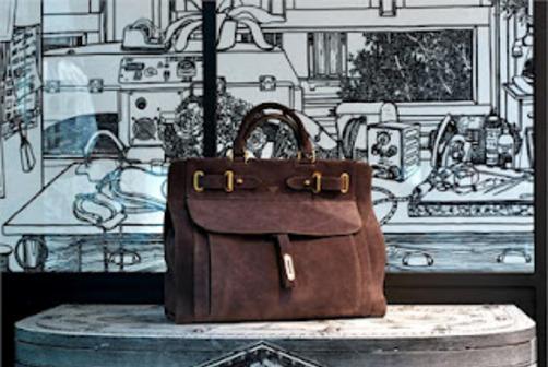 Sofia Vergara s Fontana Milano 1915 Afef Bag 1a798ef4c