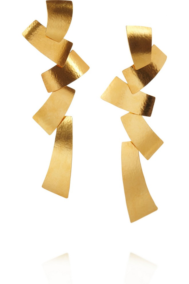 herve-van-der-straeten-hammered-24-karat-gold-plated-tiered-earrings