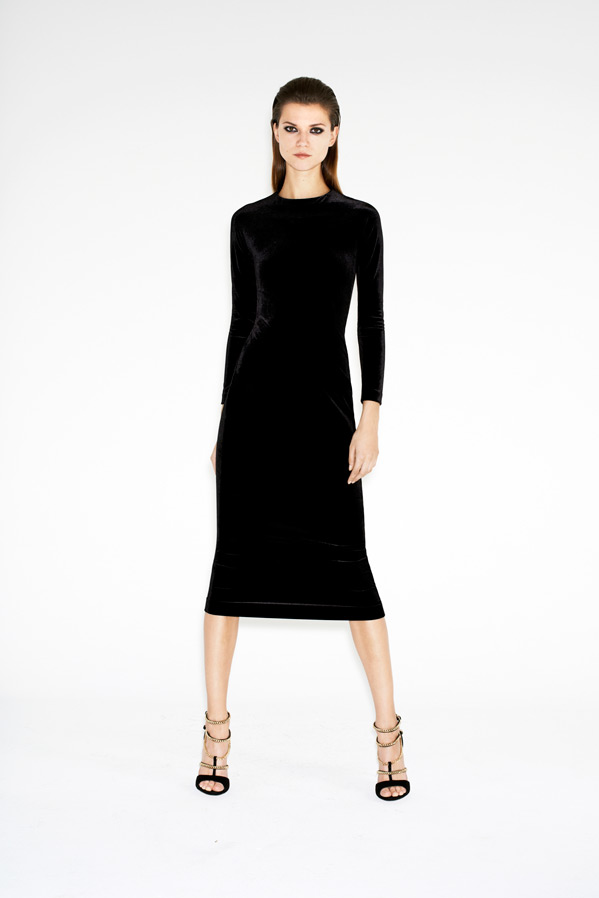 zara-twelve-lookbook-kasia-struss-velvet-dress-sandal-with-chains