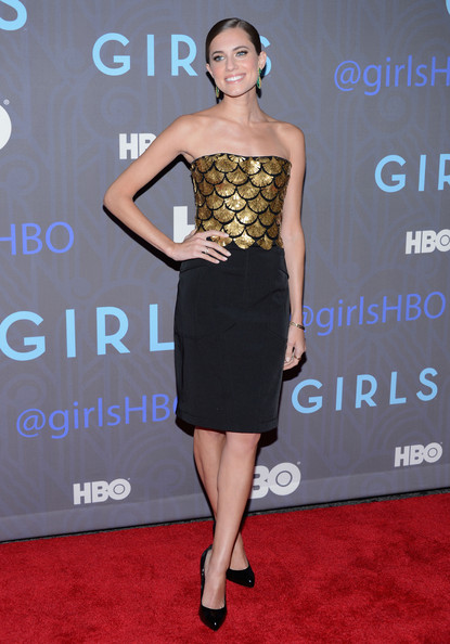 allison-williams-girls-season-2-premiere-new-york-city-altuzarra-spring-2013-dress-giuseppe-zanotti-gold-heel-black-patent-point-toe-pumps