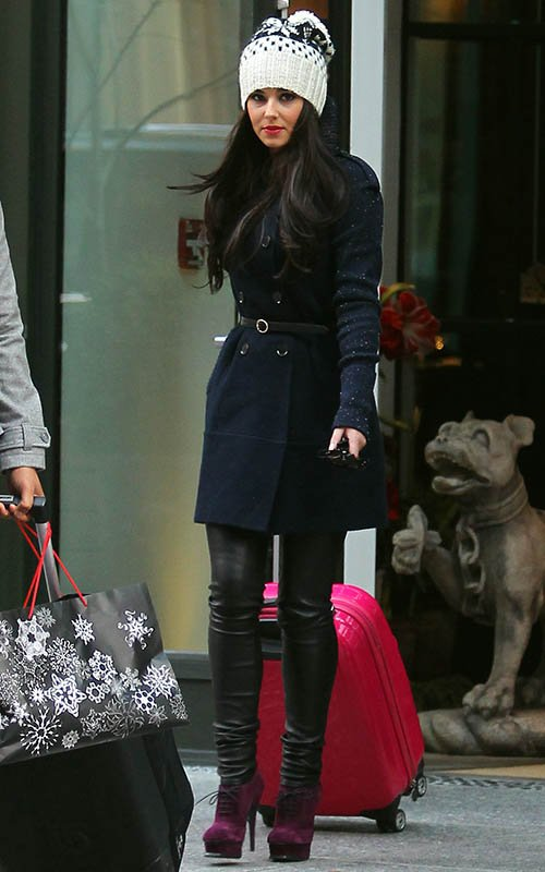 cheryl-cole-new-york-city-eugenia-kim-wool-and-cashmere-blend-hat-yves-saint-laurent-brogue-ankle-boots
