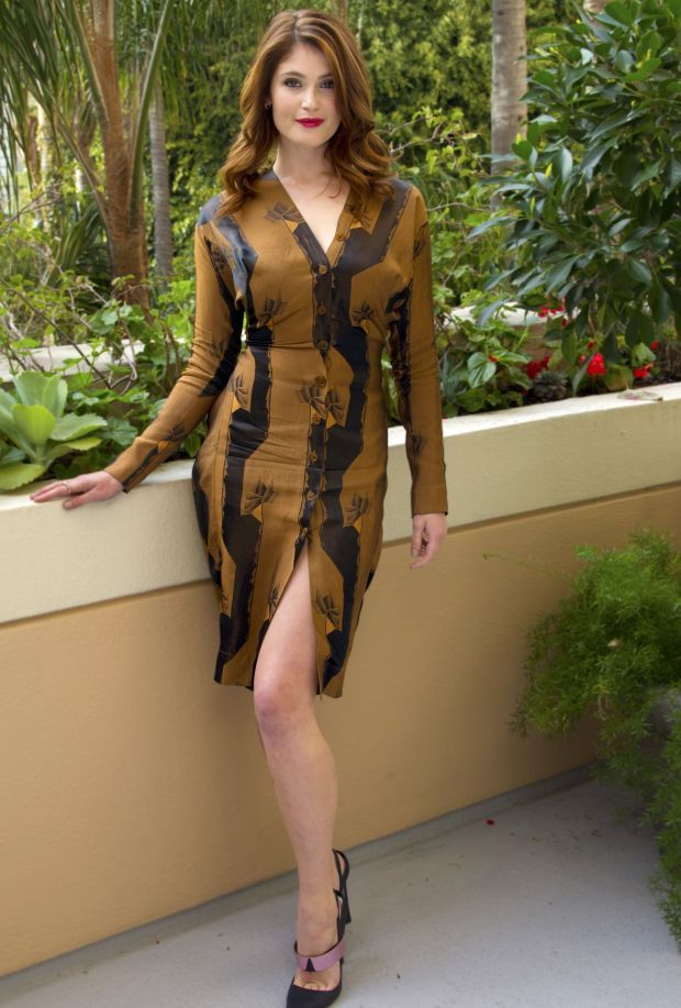 gemma-arterton-hansel-and-gretel-witch-hunters-press-conference-los-angeles-vivienne-westwood-spring-2013-dress