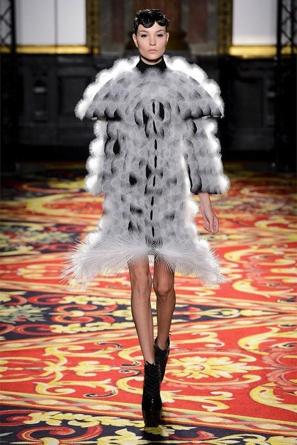 iris-van-herpen-couture-spring-2013-2