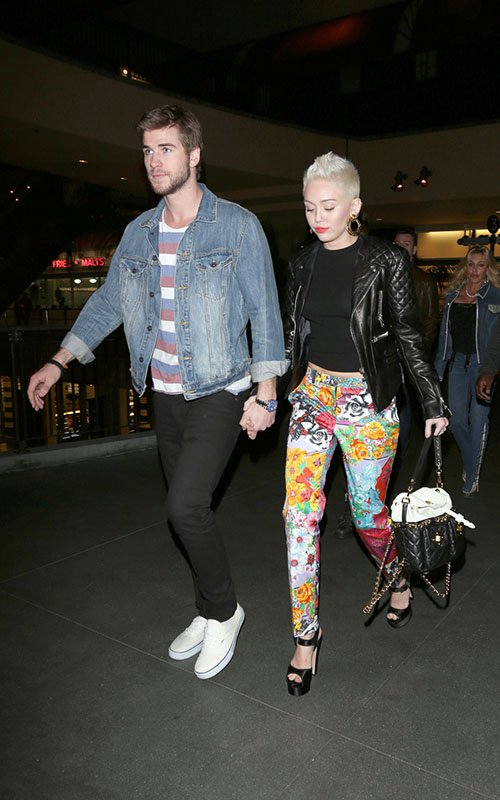 miley-cyrus-level-3-nightclub-hollywood-balenciaga-quilted-leather-jacket-vintage-versace-floral-skinny-pants