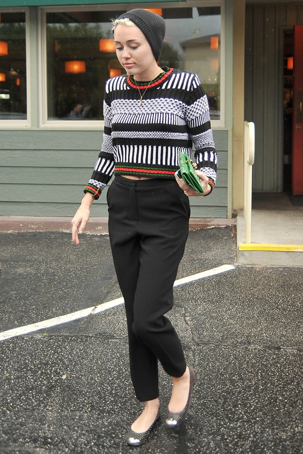 miley-cyrus-los-angeles-topshop-knitted-moroccan-crop-jumper-peg-leg-trousers-giuseppe-zanotti-studded-cap-toe-flats
