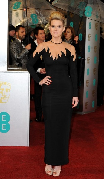 alice-eve-2013-bafta-awards-london-alessandra-rich-spring-2013-gown-1