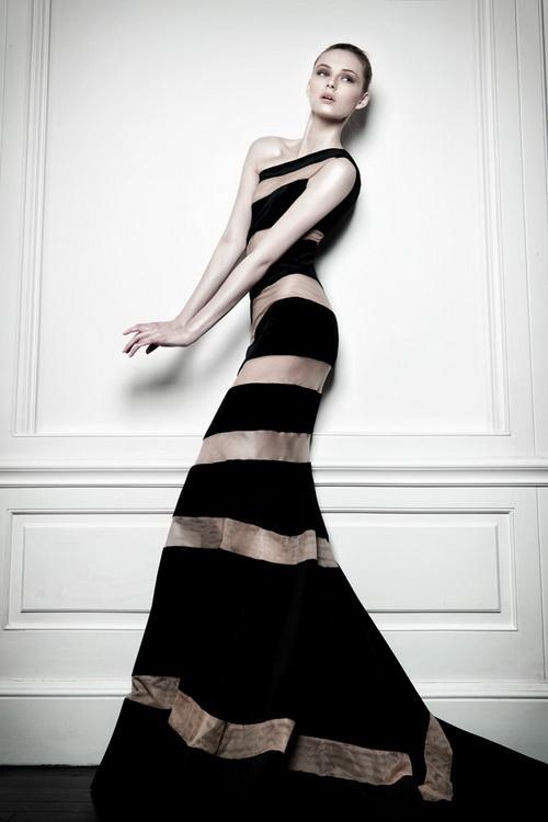 Gemma arterton in celia kritharioti haute couture 2013 for Loving haute couture