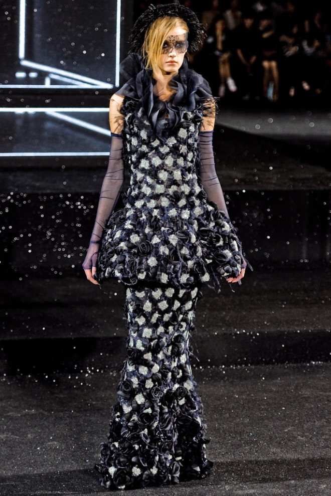 chanel-fall-2011-couture-sigrid-agren