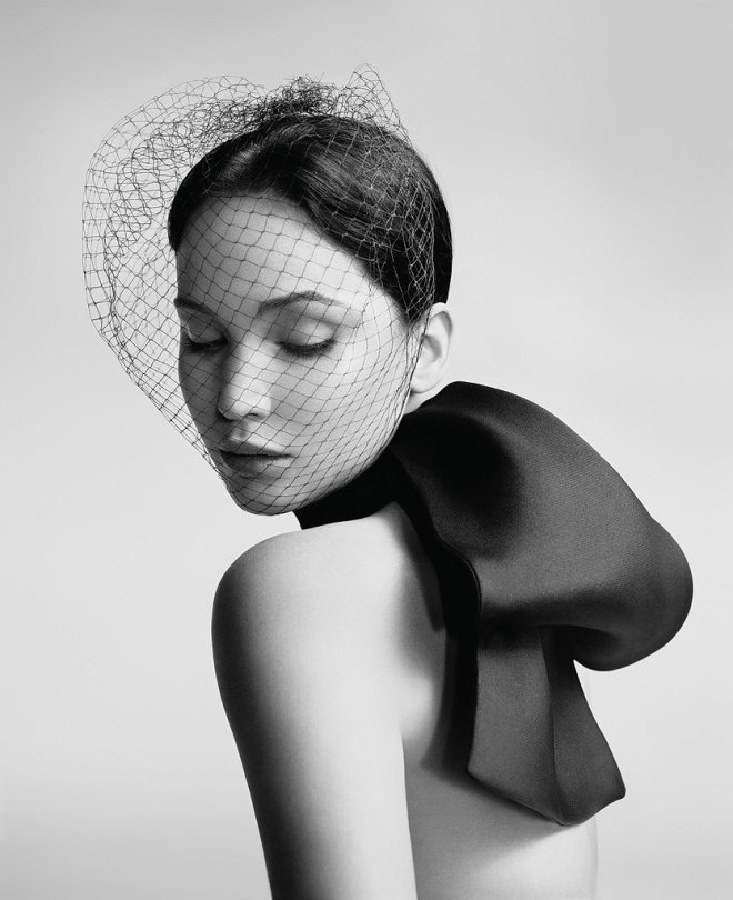 jennifer-lawrence-by-willy-vanderperre-for-miss-diors-ad-campaign-1