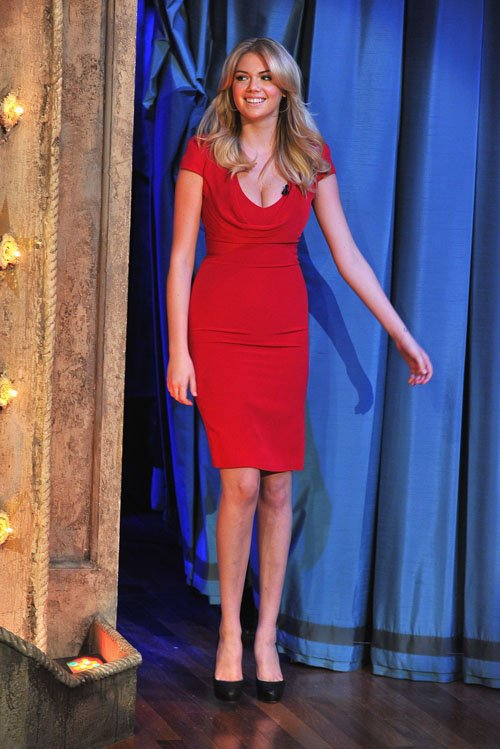 kate-upton-late-night-with-jimmy-fallon-alexander-mcqueen-cowl-neck-dress-christian-louboutin-rolando-hidden-platform-pumps