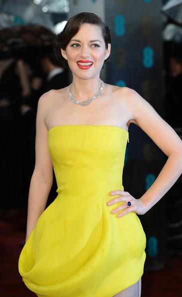 marion-cotillard-2013-bafta-awards-london-christian-dior-couture-spring-2013-gown
