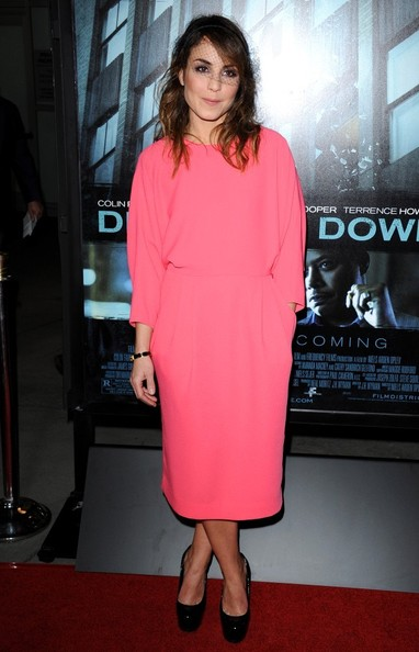 noomi-rapace-dead-man-down-hollywood-premiere-and-other-stories-pink-dress-yves-saint-laurent-patent-tribtoo-pumps