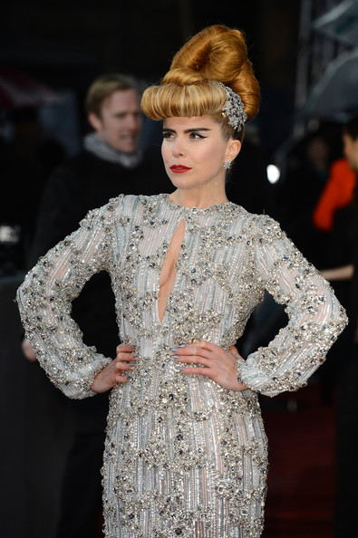 paloma-faith-2013-bafta-awards-london-nicholas-oakwell-spring-2012-couture-dress-3