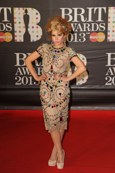 paloma-faith-2013-brit-awards-london-dolce-gabbana-spring-2012-dress-1