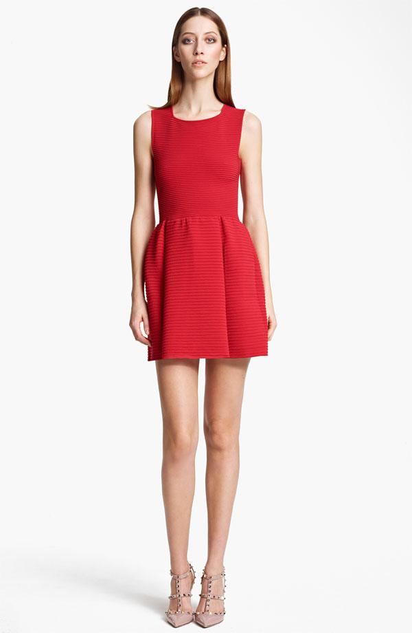 valentino-sleeveless-full-skirt-dress