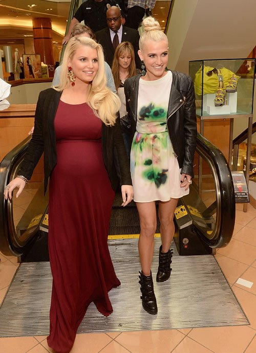 ashlee-simpson-jessica-simpson-belk-southpark-mall-charlotte-north-carolina-jessica-simpson-layered-print-fit-and-flare-dress