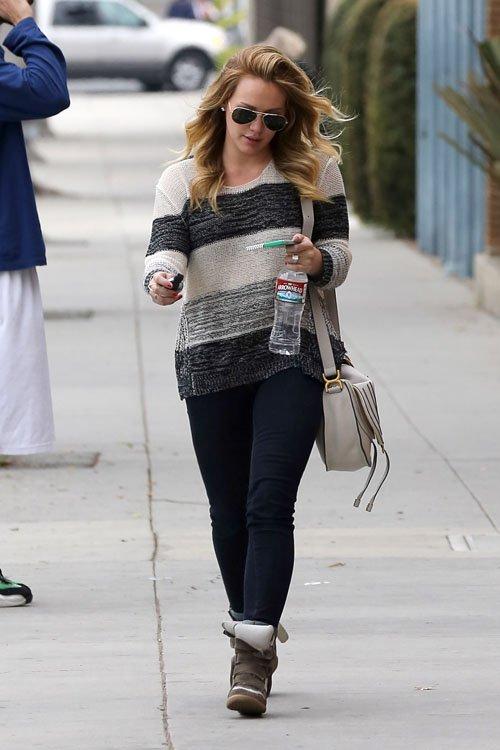 Hilary Duff \u2013 Urban Sybaris