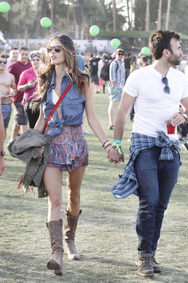 alessandra-ambrosio-coachella-siwy-denim-lana-raw-edge-sleeveless-top-isabel-marant-silea-paisley-skirt