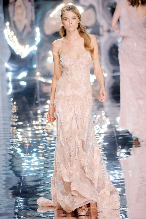 elie-saab-spring-2010-couture-abbey-lee-kershaw