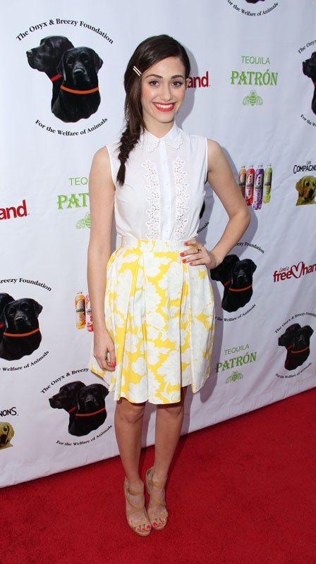 emmy-rossum-onyx-and-breezy-foundations-saving-tails-fundraiser-hollywood-topshop-cotton-embroidered-shirt-yellow-pleated-floral-skirt