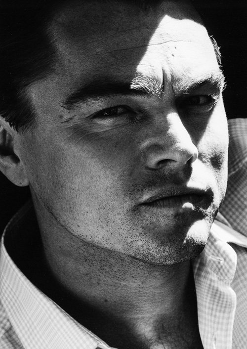 leonardo-dicaprio-by-max-vadukul-for-esquire-may-2013-1