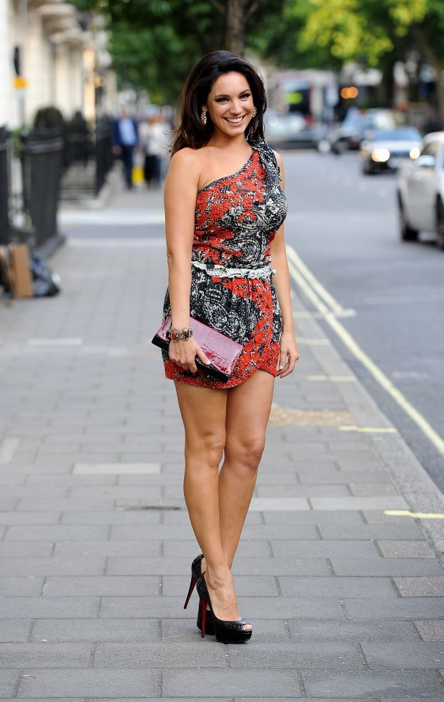 Kelly Brook in Isabel Marant's Printed and Embroidered ...