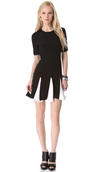 cushnie-et-ochs-short-sleeve-pleated-dress