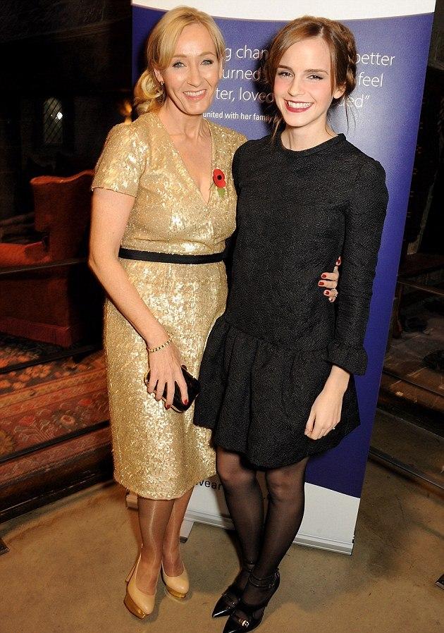 emma-watson-lumos-charity-event-harry-potter-tour-london-chloe-dahlia-jacquard-dress-tabitha-simmons-heather-pumps