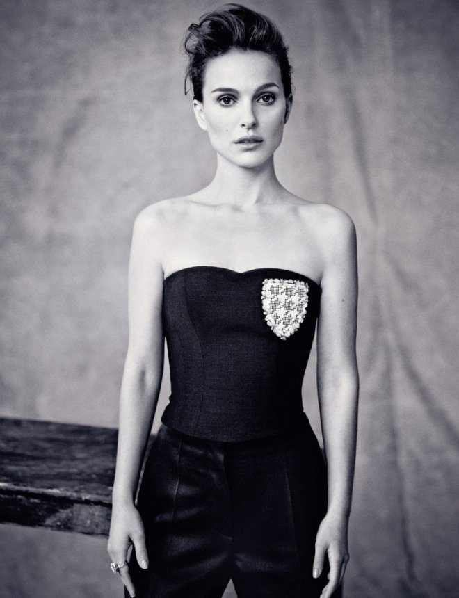 natalie-portman-by-paolo-roversi-for-dior-spring-2014-issue