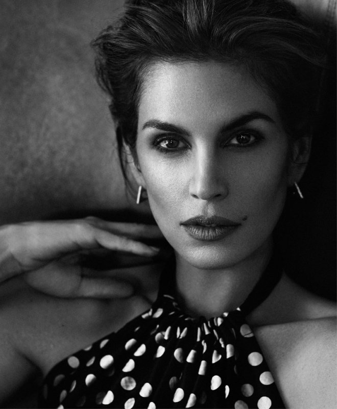 cindy-crawford-by-xavi-gordo-for-harpers-bazaar-russia-march-2014-8