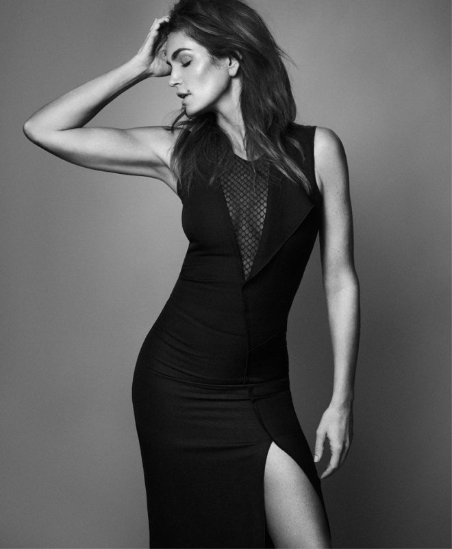 cindy-crawford-by-xavi-gordo-for-harpers-bazaar-russia-march-2014-9