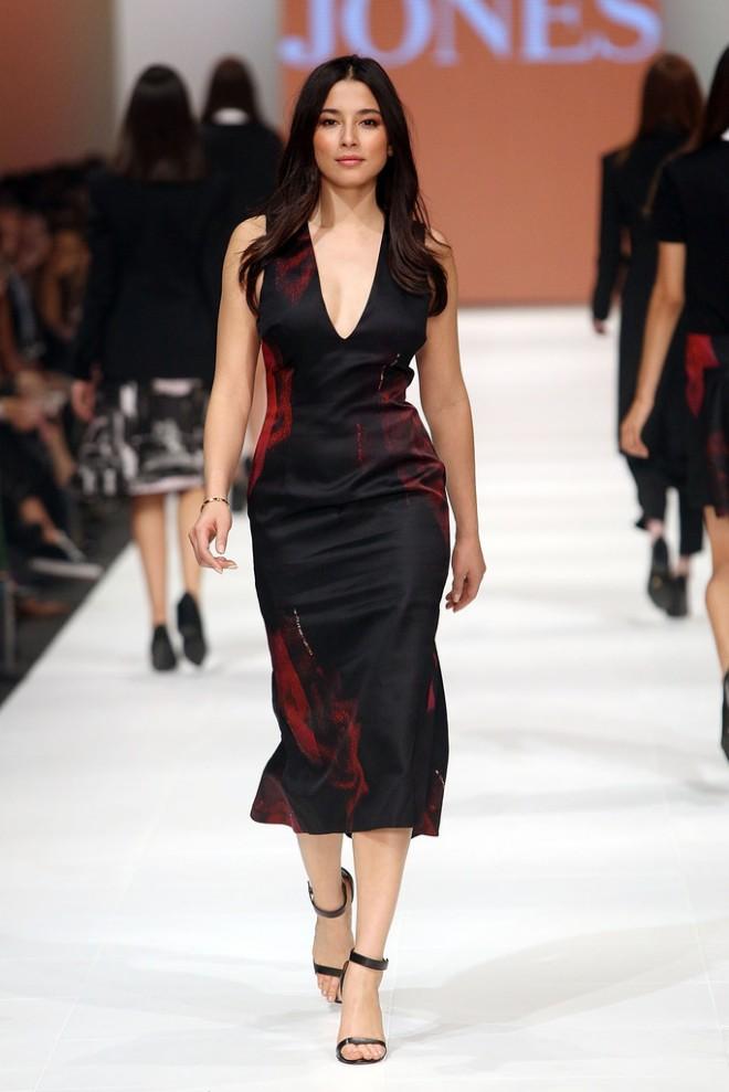 jessica-gomes-2014-virgin-australia-melbourne-fashion-event-opening-josh-goot