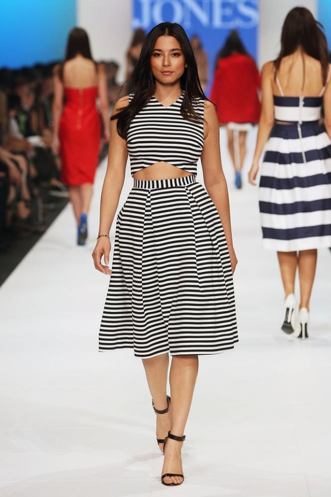 jessica-gomes-2014-virgin-australia-melbourne-fashion-event-opening-nicholas