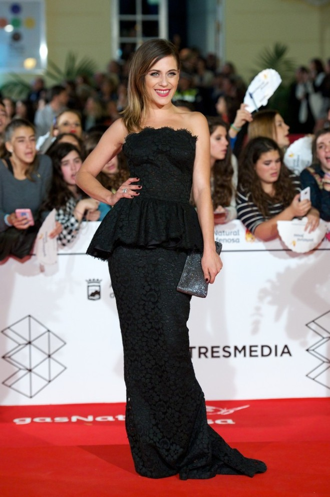 maria-leon-17th-malaga-film-festival-opening-ceremony-dolce-gabbana-gown