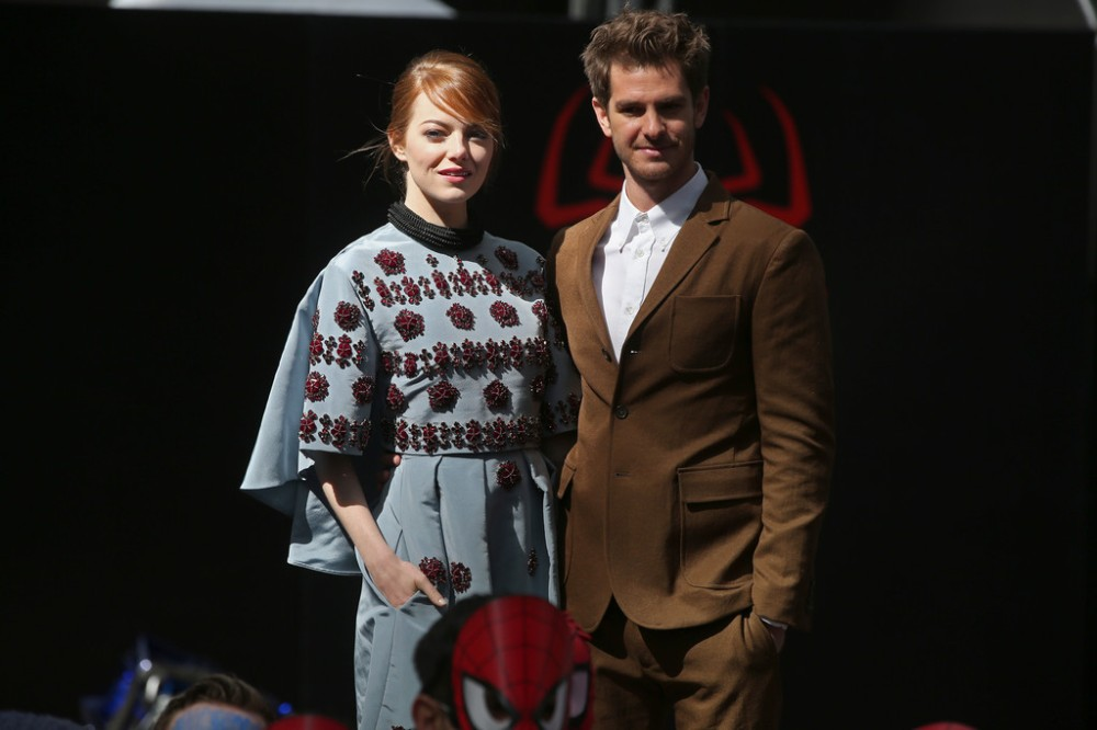 emma-stone-the-amazing-spider-man-2-rise-of-electro-berlin-photocall-erdem-fall-2014-look-1