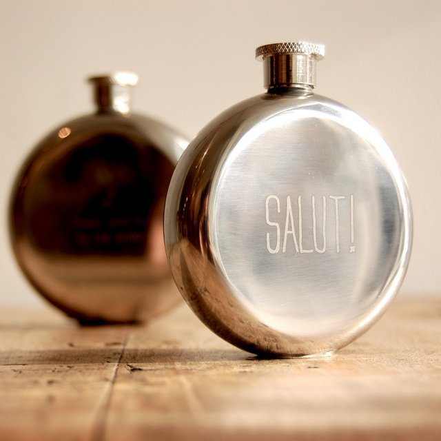 izola-salut-3-oz-flask-1