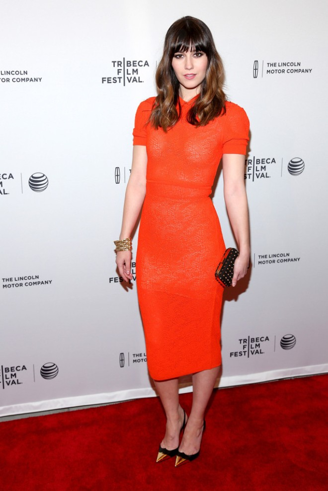 mary-elizabeth-winstead-alex-of-venice-2014-tribeca-film-festival-premiere-after-party-vionnet-resort-2014-dress-christian-louboutin-calamijane-slingback-pumps