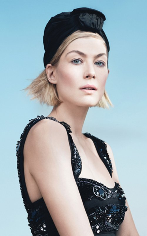 rosamund-pike-by-david-fincher-for-w-may-2014-1