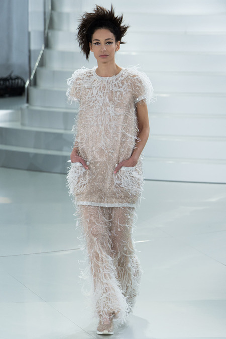 chanel-spring-2014-couture-amanda-sanchez