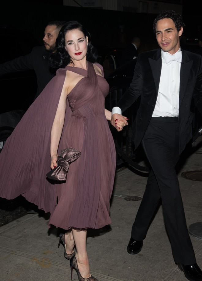 dita-von-teese-2014-met-gala-after-party-the-standard-hotel-zac-posen-spring-2014-dress-1