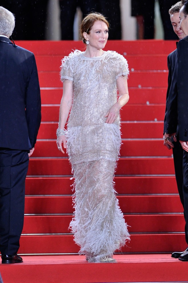 julianne-moore-map-to-the-stars-premiere-67th-annual-cannes-film-festival-chanel-spring-2014-couture-look-1