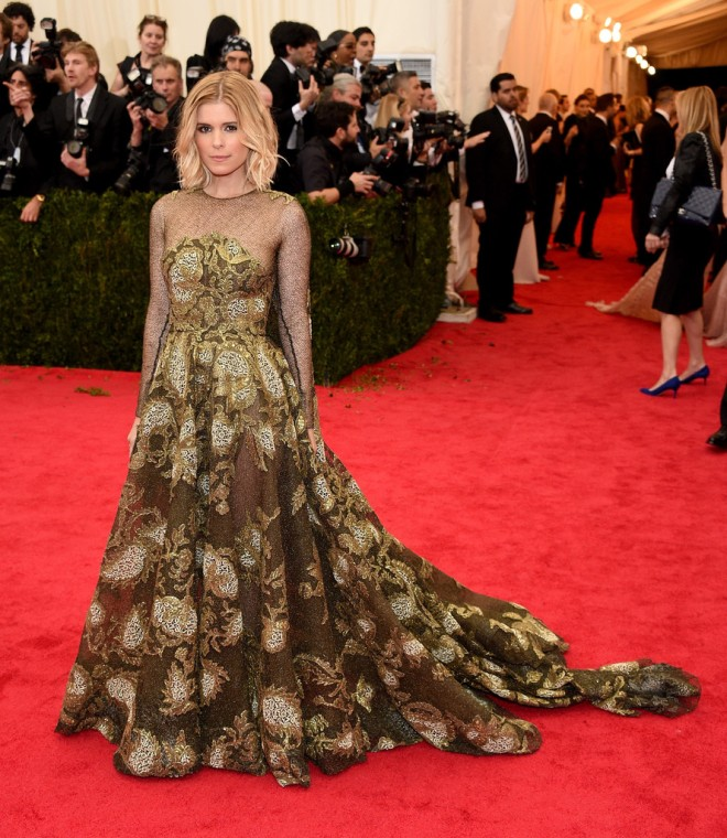 kate-mara-2014-met-gala-valentino-spring-2014-couture-gown