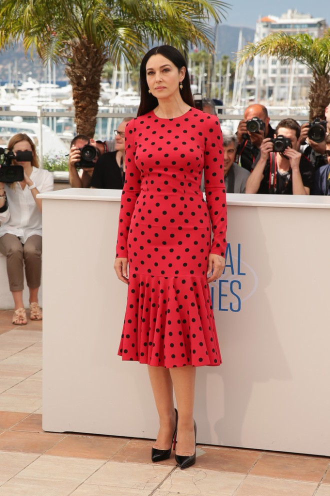 monica-bellucci-la-meraviglie-photocall-67th-annual-cannes-film-festival-dolce-gabbana-polka-dot-silk-dress