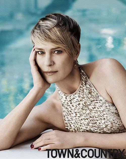 robin-wright-by-paul-wetherell-for-town-and-country-june-july-2014-1
