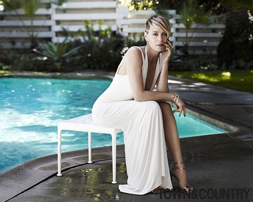 robin-wright-by-paul-wetherell-for-town-and-country-june-july-2014-3