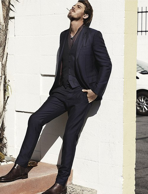 garrett-hedlund-by-john-balsom-for-man-of-the-world-issue-no-8-1