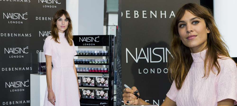 alexa-chung-manicure-collection-launch-photocall-nails-inc-debenhams-london-emilia-wickstead-spring-2014-bionda-castana-nicole-lace-pumps-2