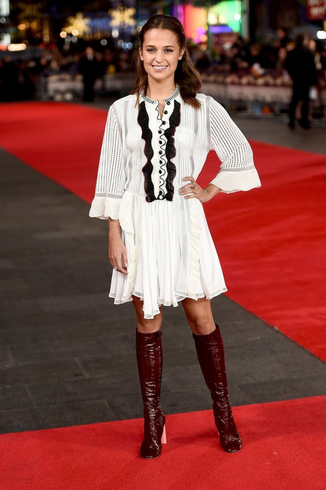 alicia-vikander-testament-of-youth-uk-premiere-london-louis-vuitton-spring-2015-1