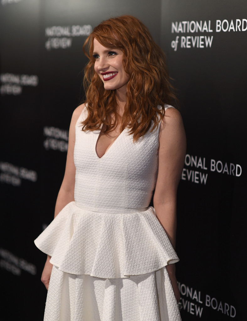 jessica-chastain-national-board-of-review-gala-alexander-mcqueen-dress